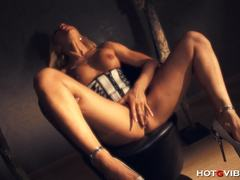 Spanish milf Ginger Hell gets off with HotGVibe.