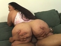 Hot real bbw slut that loves pussy pump love tool action