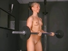 A SEXY BODY BUILDING Girl