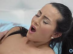 Breathtaking brunette maiden get fucked in mouth